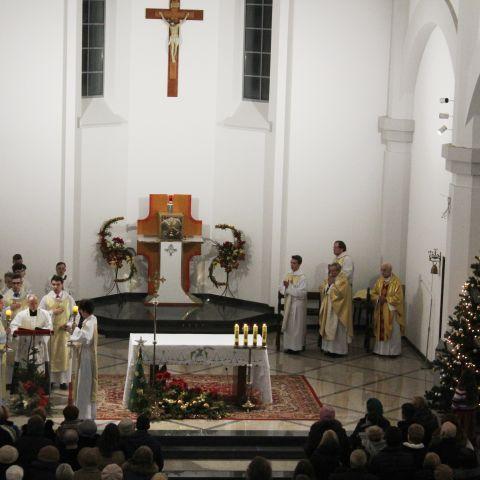 I Pasterka w nowym kościele św. Anny